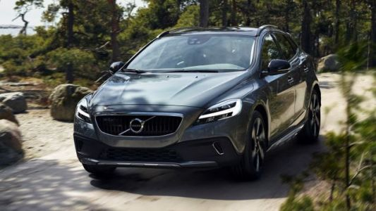 The Volvo V40 Was Too Good For This World