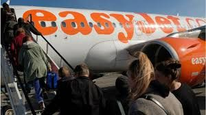 Easyjet to ban nut sales on flights