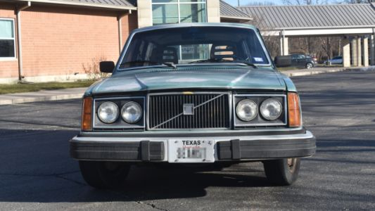 This 1979 Volvo 240DL With More Than 600,000 Miles Could Be Yours