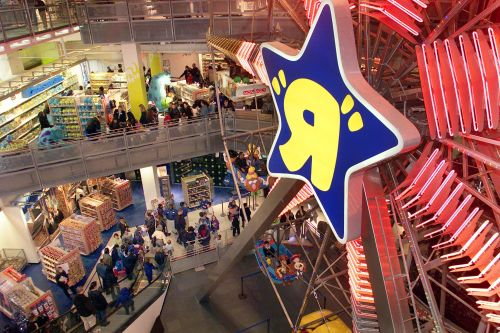 The Toys R US bankruptcy is going to have a big impact on holiday sales, Hasbro says