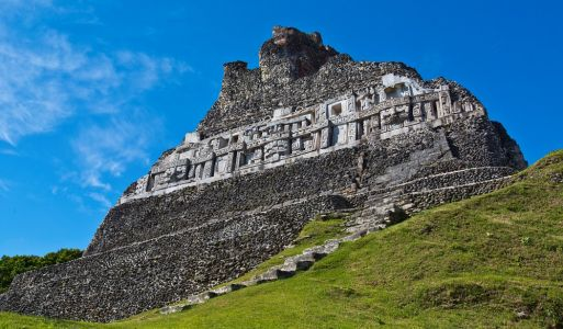 14 Maya Sites to Visit in Central America & Top Hotels Nearby