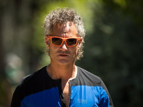 Palantir, the Peter Thiel-backed company that sold data to ICE and NYPD, has a CEO who is a 'self-described socialist'