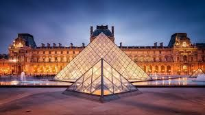 Louvre welcomes record 10 million visitors in 2018
