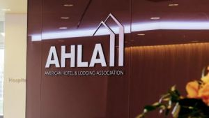 AHLA foundation honors hotel employees at annual gala