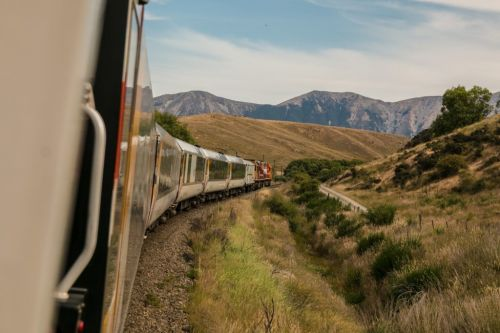 10 Tips for Sustainable Travel