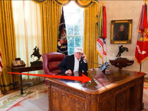 Trump's being slammed for this photo of his desk - here are past presidents' desks for comparison