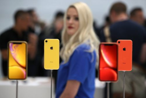 After seeing the iPhone XR in person, I'm not sure if I can recommend it