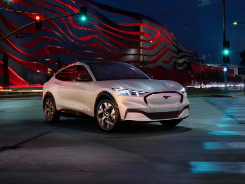 Elon Musk said he's excited about Ford's $43,895 Mustang Mach-E electric SUV - here's how it will stack up against Tesla's $39,000 Model Y