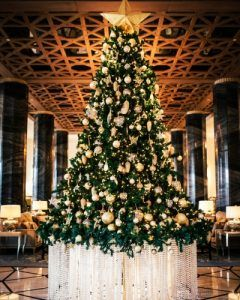 Celebrate the Season at Four Seasons Resort Dubai at Jumeirah Beach