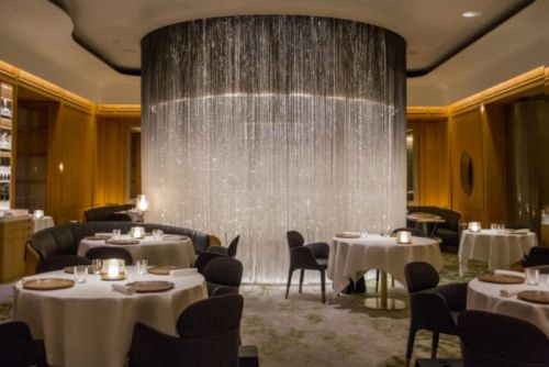 A Guide to All Three-Michelin-Star Restaurants in the UK