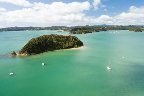 Renting a Car in New Zealand: 10 Tips You Need to Know