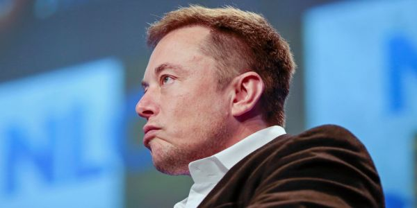One of Tesla's most vocal investors sold more than $39 million of the stock ahead of the company's earnings report