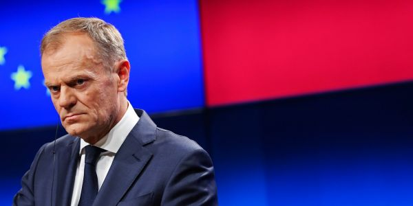 Donald Tusk asks the EU to approve a Brexit extension of up to a year