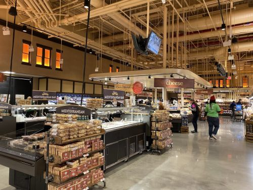 I went shopping at Wegmans and Whole Foods in New York City, and Wegmans' new Brooklyn store blew me away