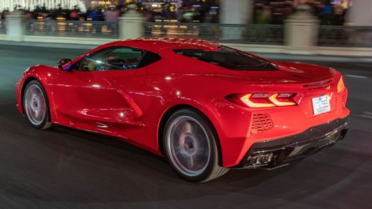 The 2021 C8 Corvette's Sub-$60,000 Base Price Will Carry Over From 2020