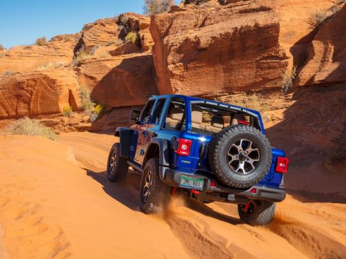 The 3 best luxury off-road SUVs for every price point