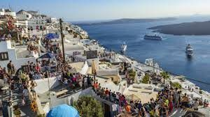 Greek tourism body expects revenue to plateau in 2019