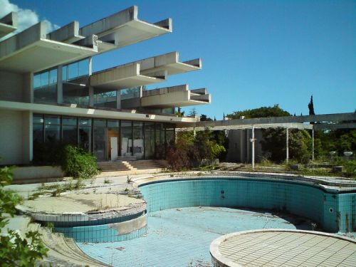 This abandoned hotel in Croatia was once so luxurious that its swimming pool was reportedly filled with champagne. Here's what it looks like today