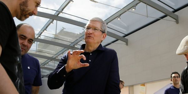 Apple is in serious danger of no longer being a $1 trillion company